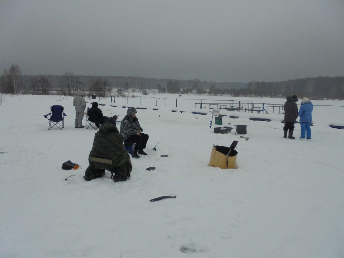 Рыбалка в Свердловской области на Шабровском прудуШабровский пруд – Платная Рыбалка в Екатеринбурге